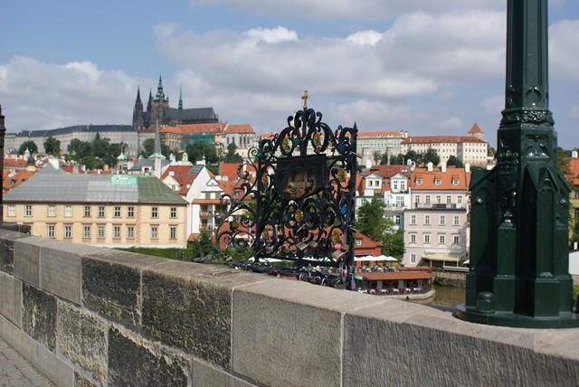 Most Karola, miejsce utopienia św. Jana Nepomucena