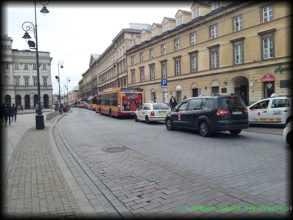Korek na Nowym Świecie, wkraczał na Krakowskie Przedmieście i kończył się przed kościołem Świętego Krzyża