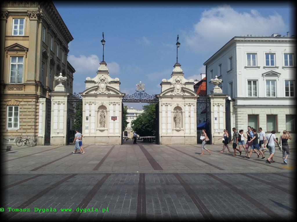 krakowskie-przedmiescie-brama-uw-3